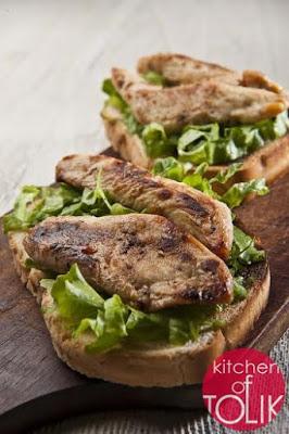 Сандвич с мариновани пилешки филета