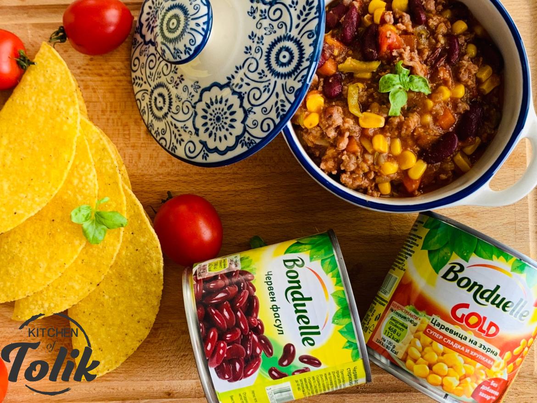 Мексиканска яхния с червен боб и сладка царевица