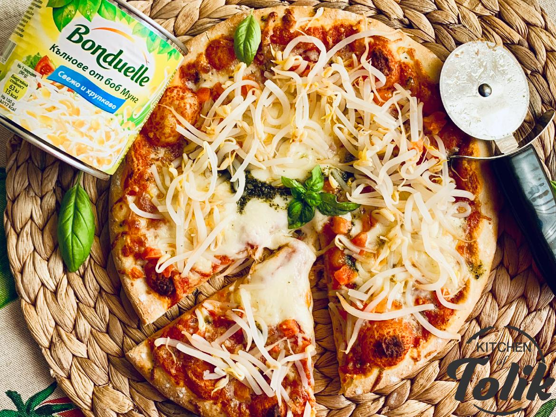 Пица с кълнове от боб Мунг