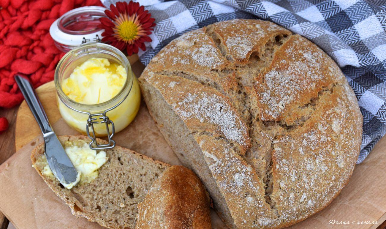 Хляб с три вида брашно в чугунена тенджера